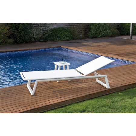 Themis Sunbed in White