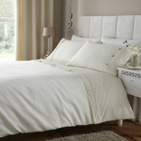 Gainsborough Duvet Cover in Cream